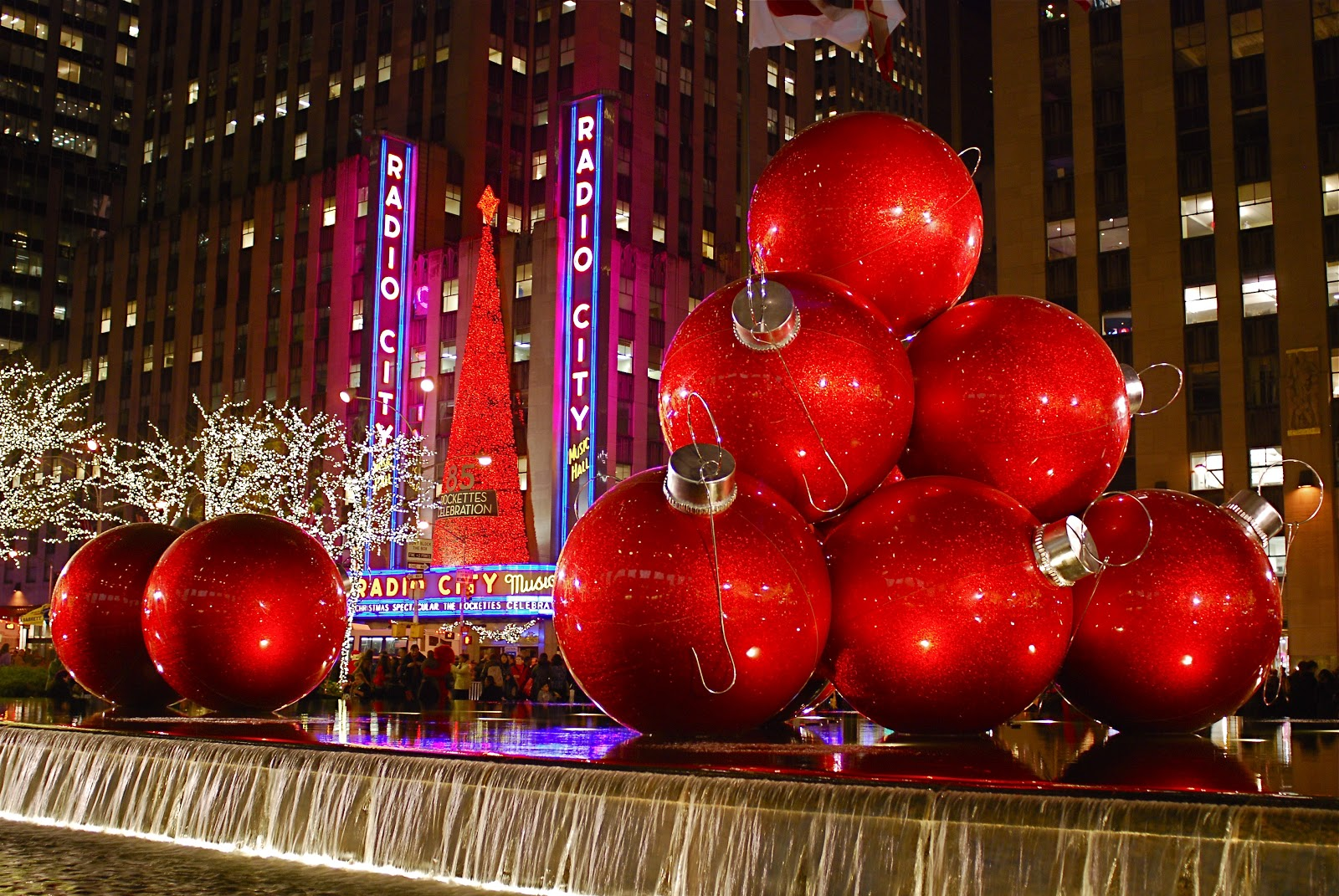 Best Nyc ♥ Nyc Sixth Avenue Christmas Decorations This Month
