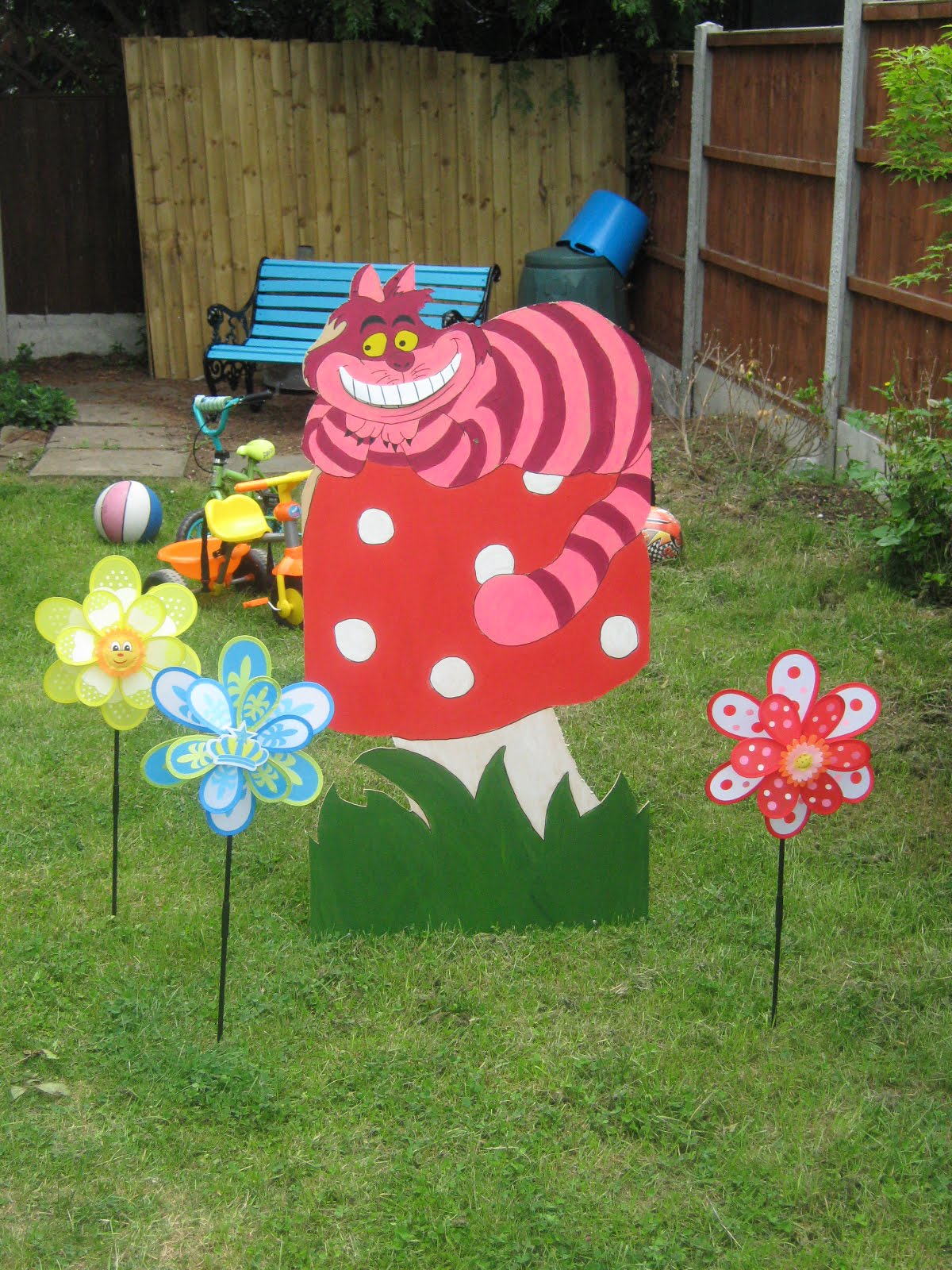 Best Home Party Ideas Alice In Wonderland Party Decorations This Month
