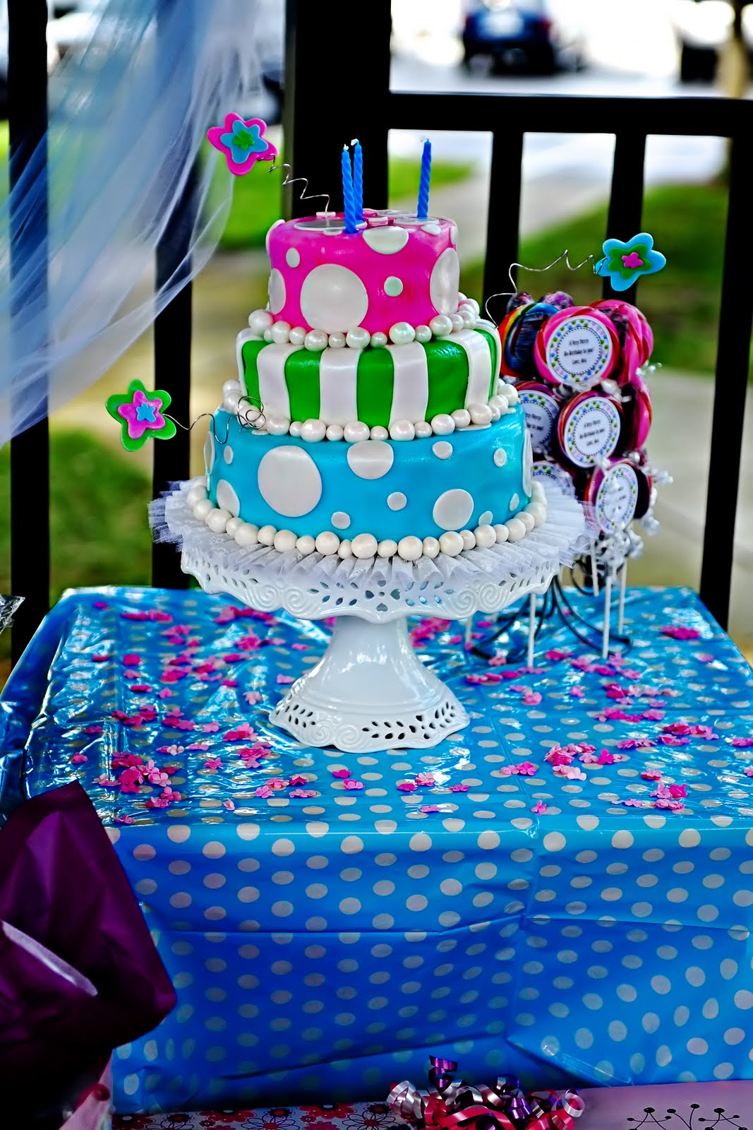 Best Kara S Party Ideas » Alice In Wonderland Tea Party This Month