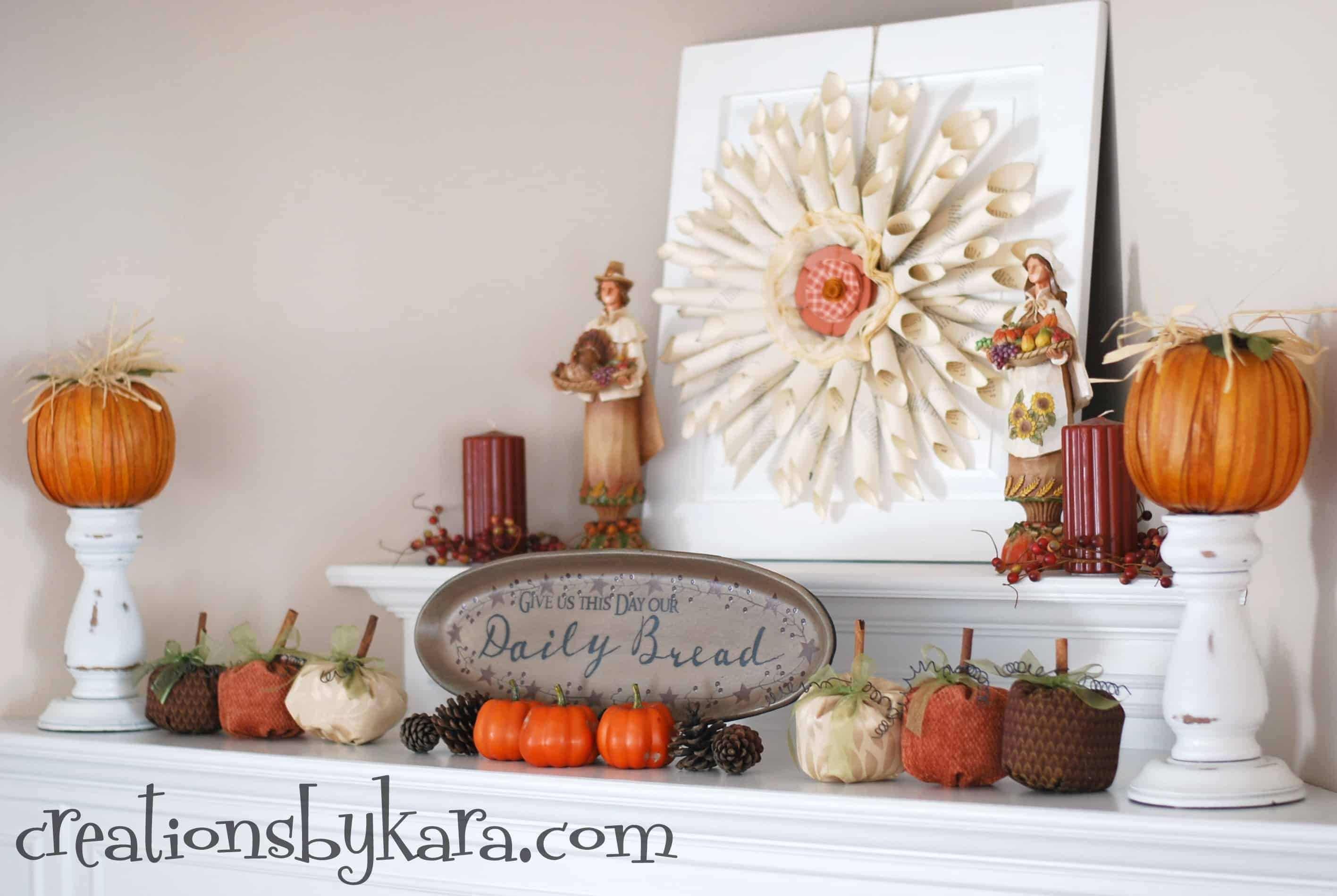 Best 30 Beautiful Fall Mantel Displays This Month