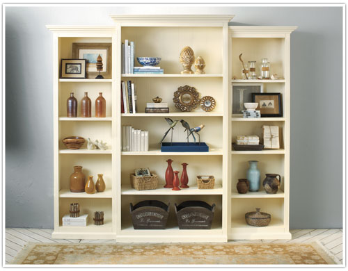 Best Annette S 7 Golden Styling Rules For A Bookshelf How To This Month