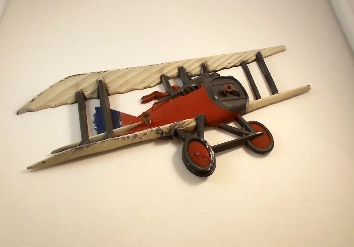 Best Vintage Metal Airplane Aeroplane Wall Decor Red By Luvredford This Month