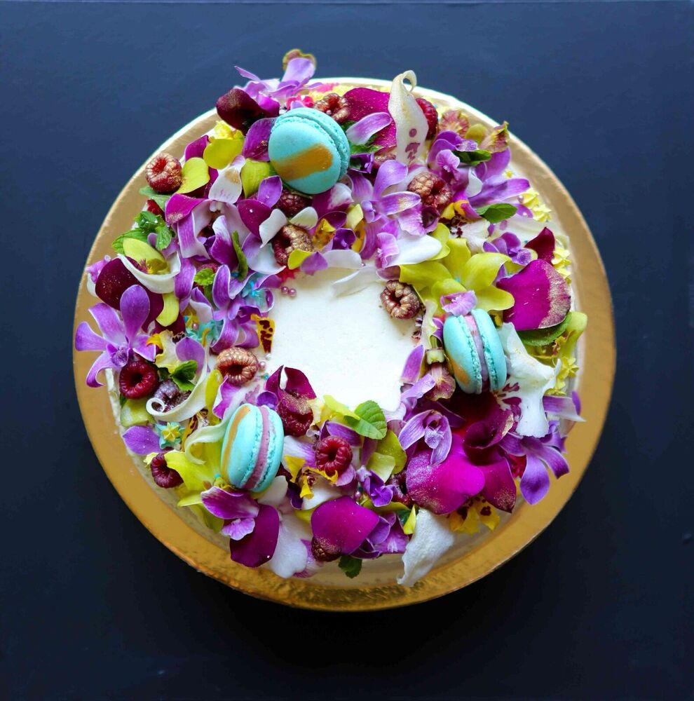 Best Edible Orchids Flowers Blooms Cake Decorations Gourmet This Month