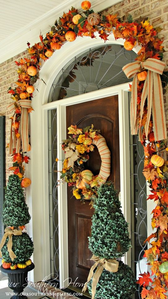 Best 7 Front Door Decorating Ideas For Instant Fall Curb Appeal This Month