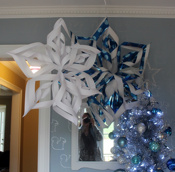 Best How To Make Giant Paper Snowflakes Step By Step Photo This Month
