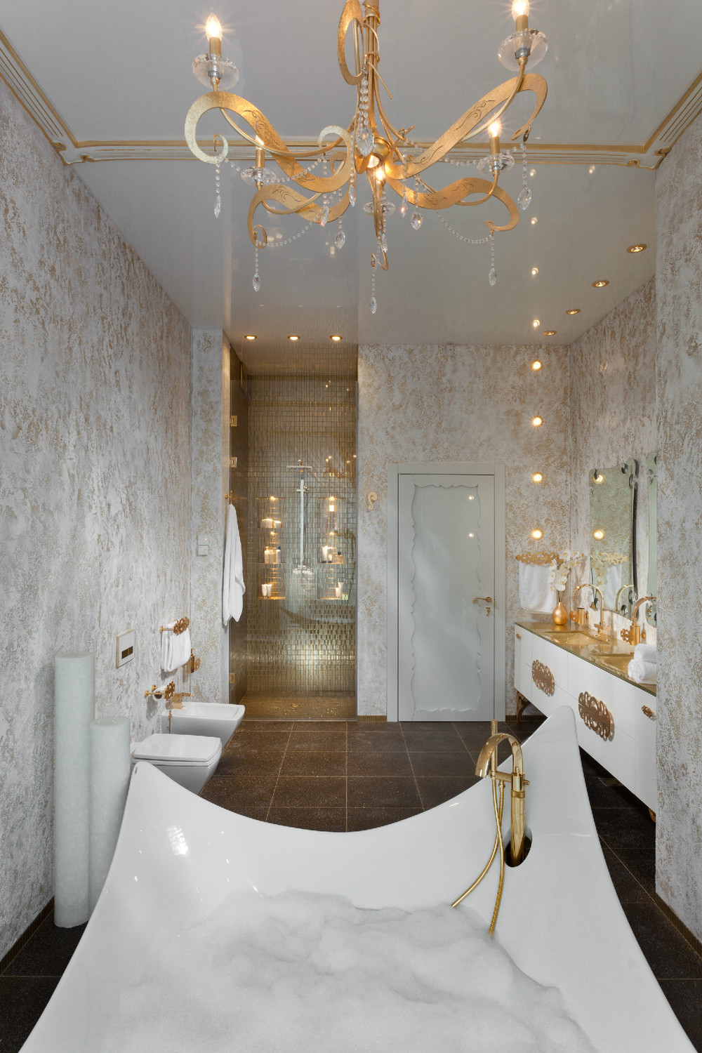 Best An In Depth Look At 8 Luxury Bathrooms This Month
