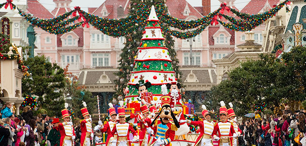 Best Disney S Enchanted Christmas Disneyland® Paris This Month