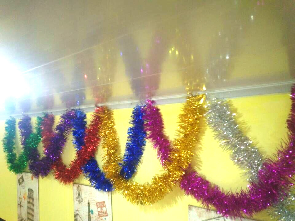 Best Wholesale 100 Pieces Tinsel Garland 9 200Cm Ems Fast This Month