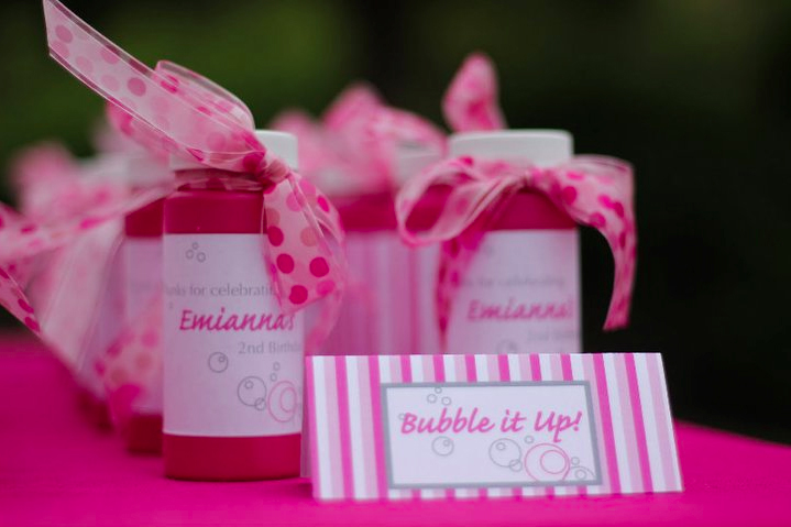 Best 2Nd Birthday Party Bubbles Theme Cakes Likes A Party This Month