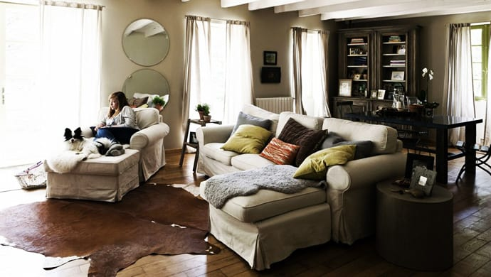 Best 16 Solutions Of How To Decorate Your Living Room Trendy This Month