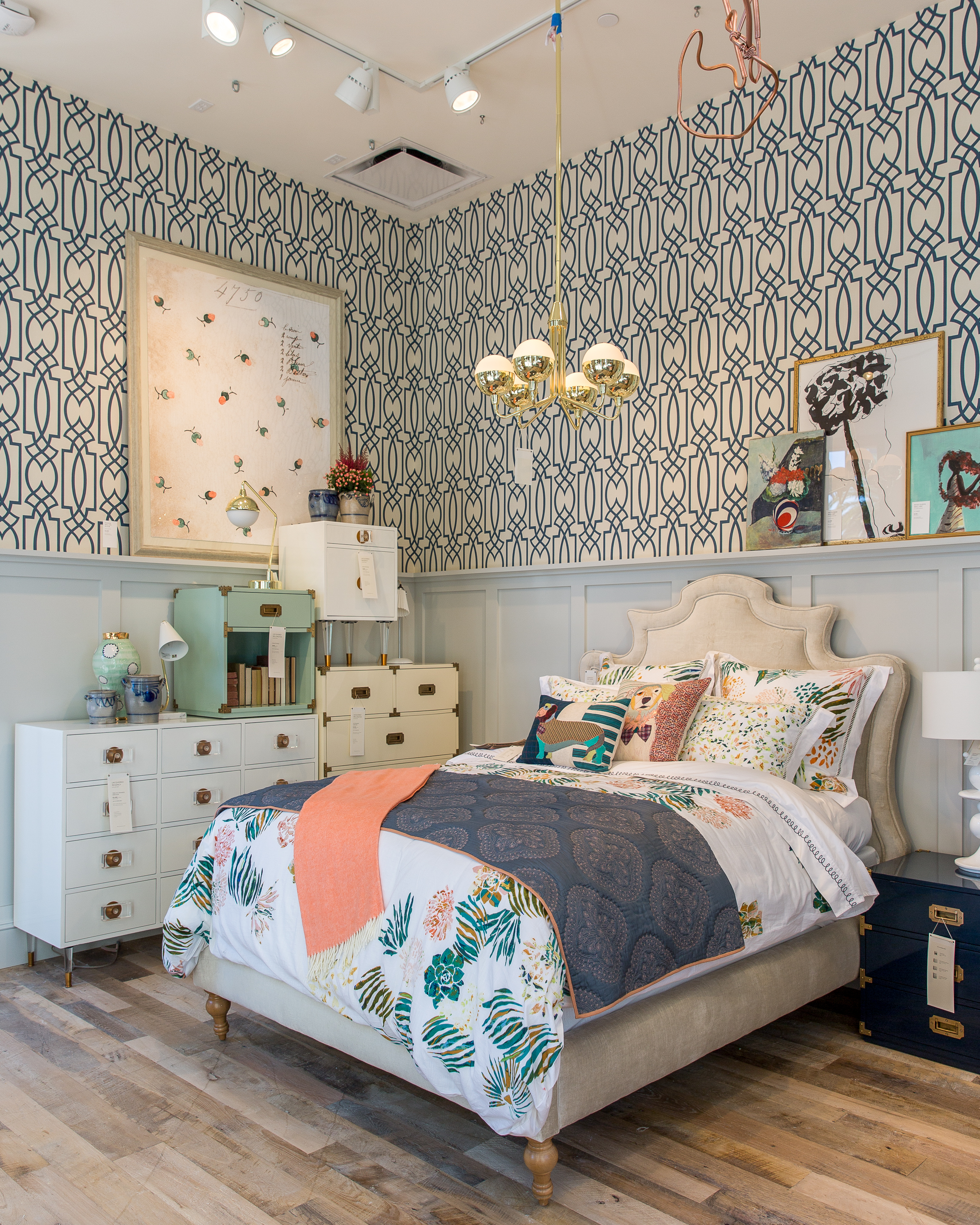 Best Anthropologie S Upgraded Newport Beach Store Offers Major This Month