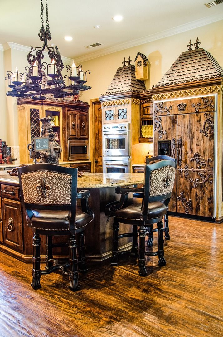 Best How To Decorate Your Home Using The Old World Style This Month
