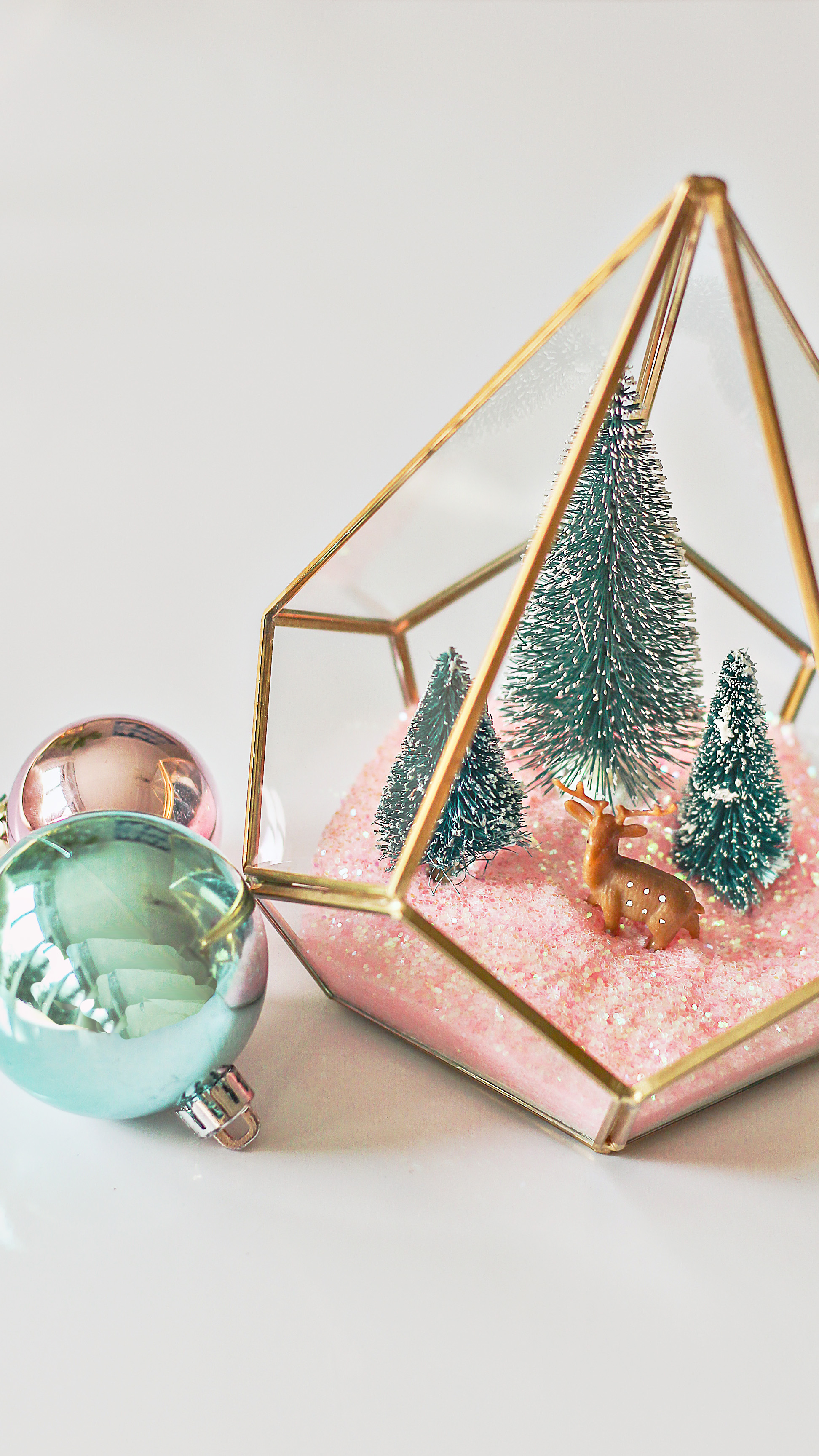 Best Modern Christmas Terrarium Diy Easy Christmas Craft Ideas This Month