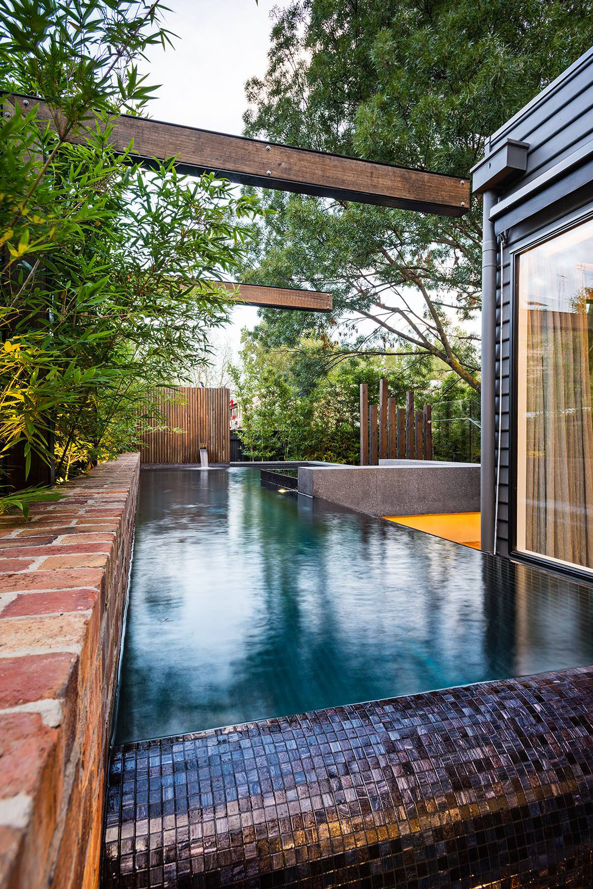 Best Inspiring Modern Backyard Ideas To Relax You At Home This Month