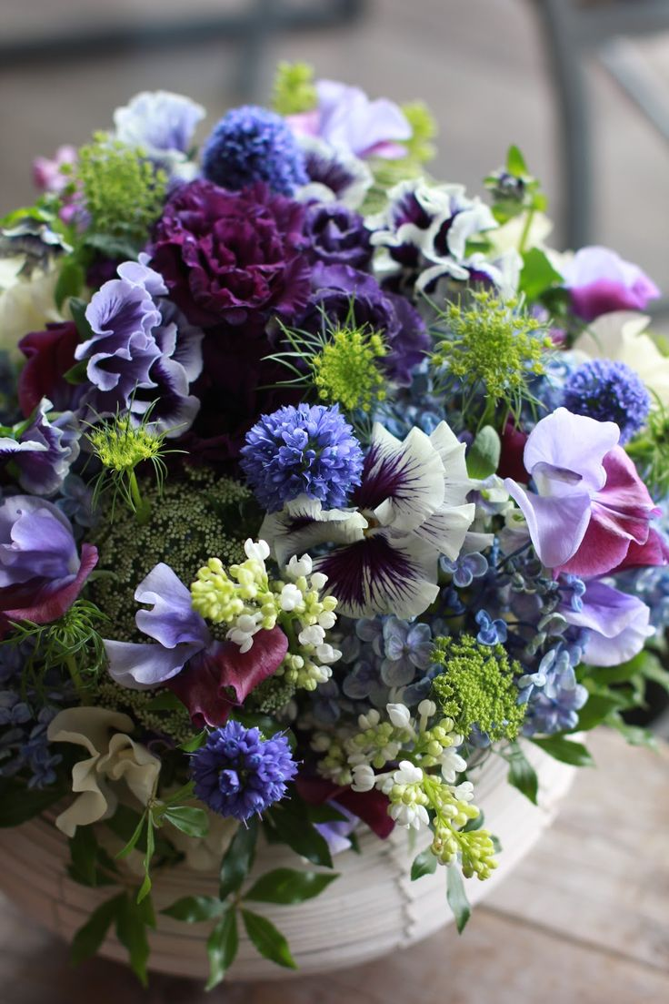 Best 25 Small Flower Centerpieces Ideas On Pinterest This Month