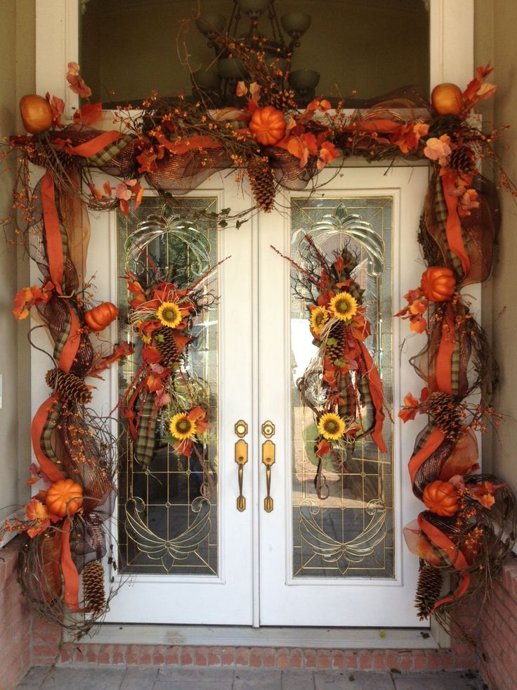 Best 10 Best Fall Front Door Garland Images On Pinterest Fall This Month