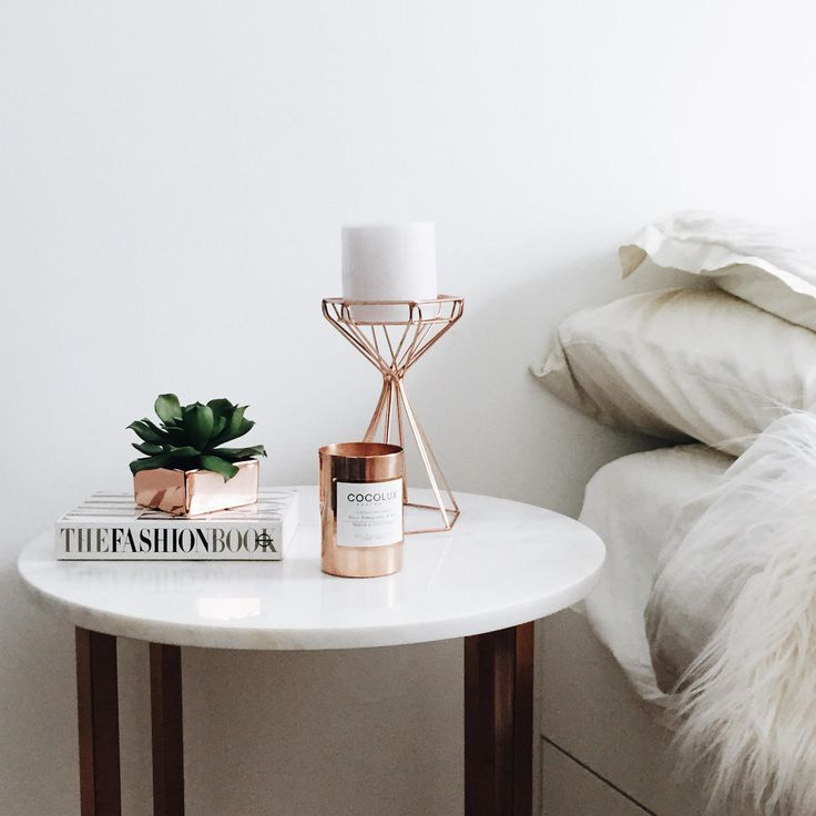 Best 25 Bedside Table Decor Ideas On Pinterest Bedside This Month