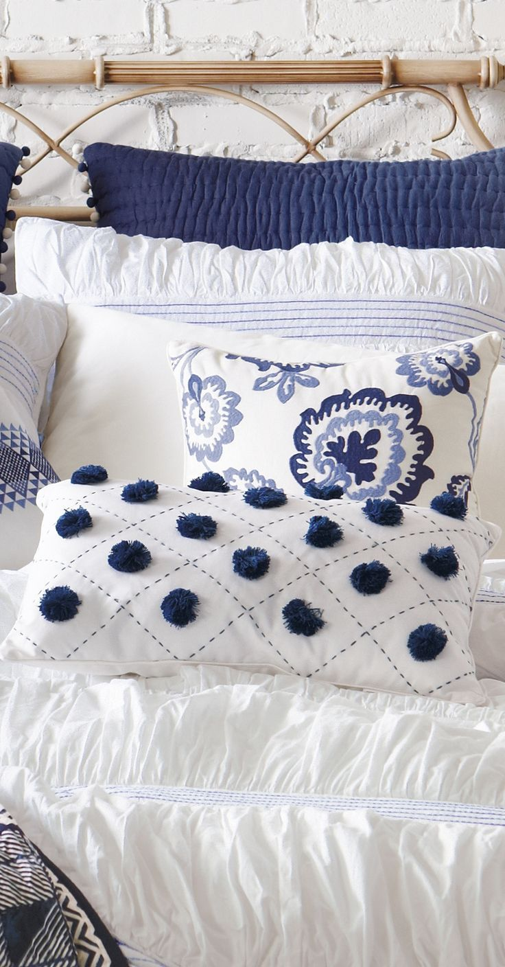 Best 25 Blue White Bedrooms Ideas On Pinterest Navy This Month