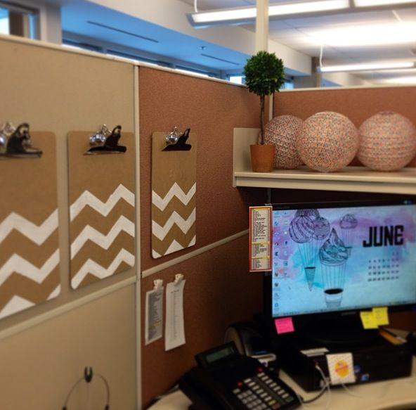 Best 44 Best Cubicle Images On Pinterest Offices Desks And This Month