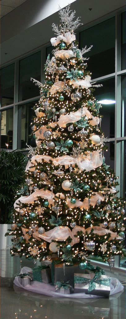 Best 25 12 Ft Christmas Tree Ideas On Pinterest 12 Foot This Month
