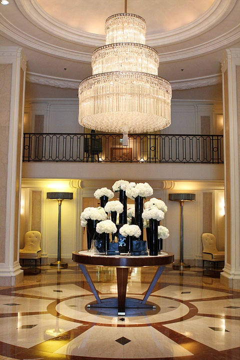 Best 94 Best Awesome Hotel Floral Arrangements Images On This Month Original 1024 x 768