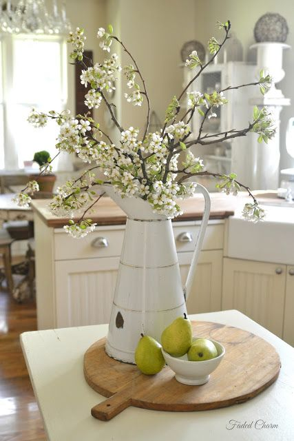 Best 25 Dining Table Centerpieces Ideas On Pinterest This Month