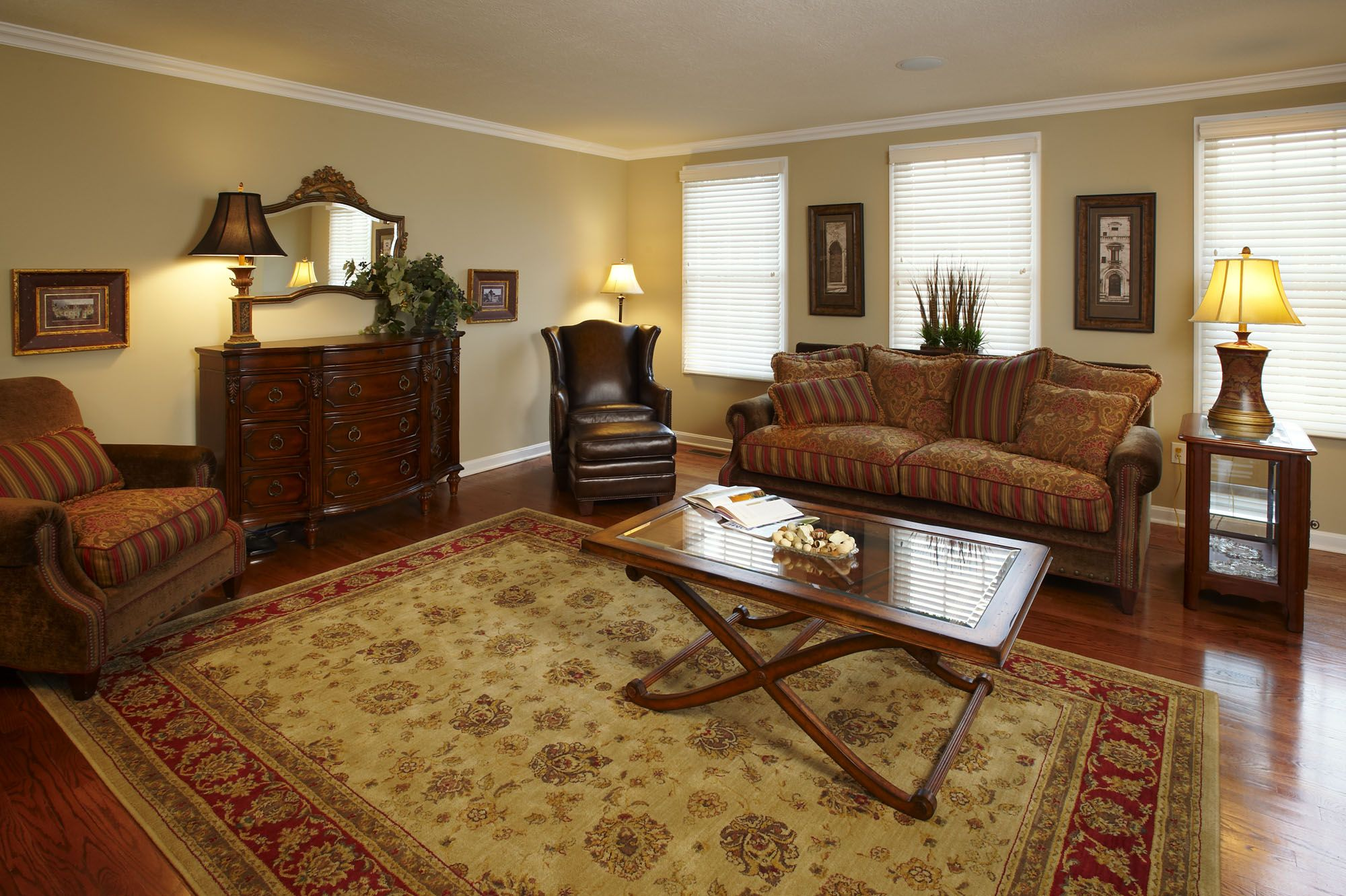 Best Living Room With Hardwood Floors Persian Rug And Cherry This Month