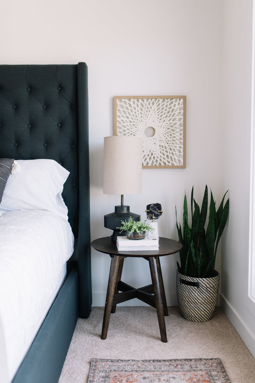 Best 5 Modern Nightstands – Ideas For Your Bedroom Design This Month