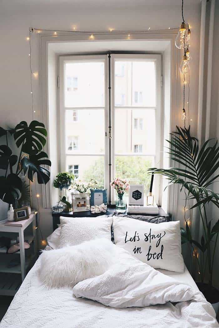 Best 33 Ultra Cozy Bedroom Decorating Ideas For Winter Warmth This Month