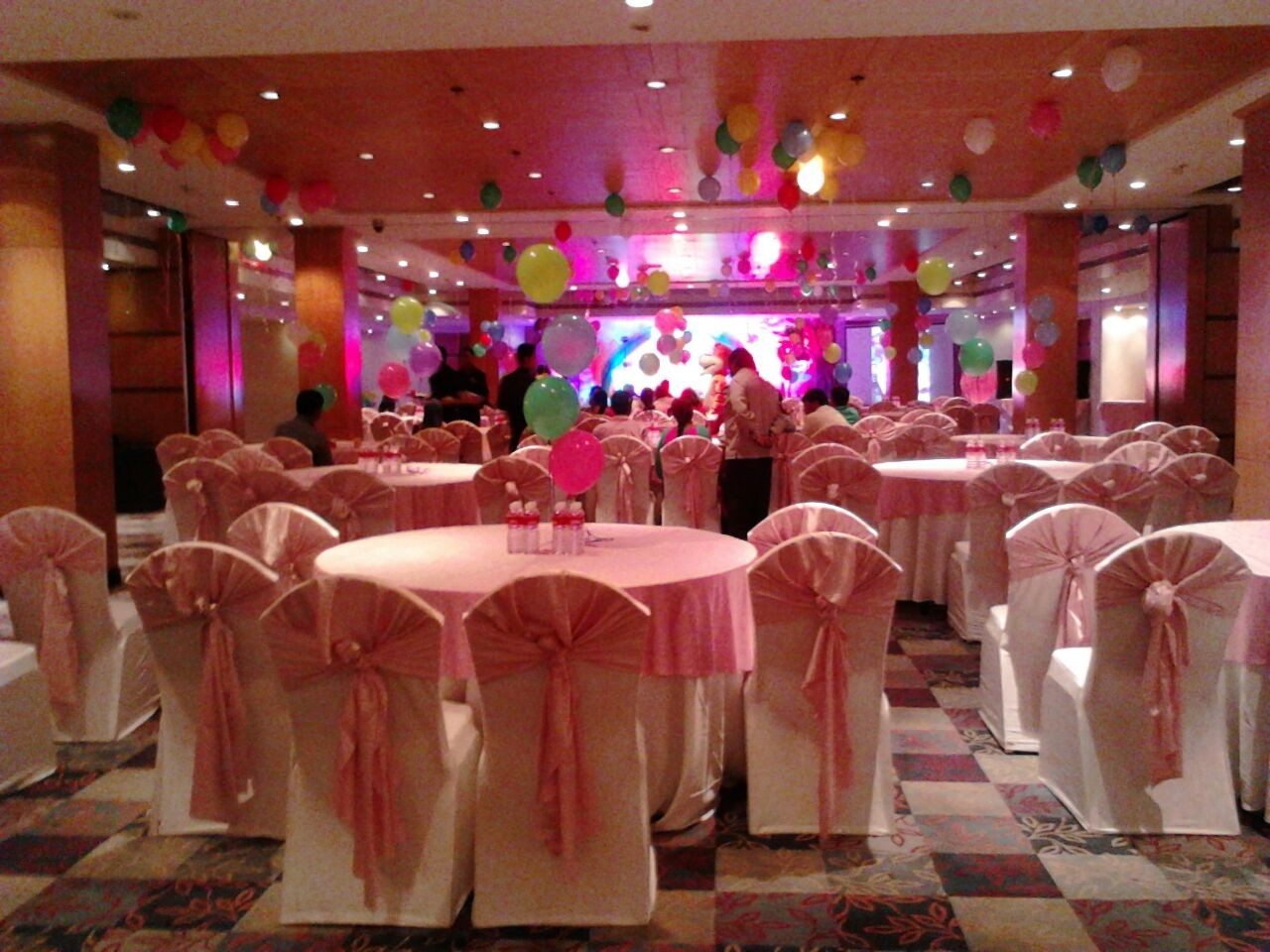 Best Birthday Party Stage Balloon Theme Decorators And Birthday This Month