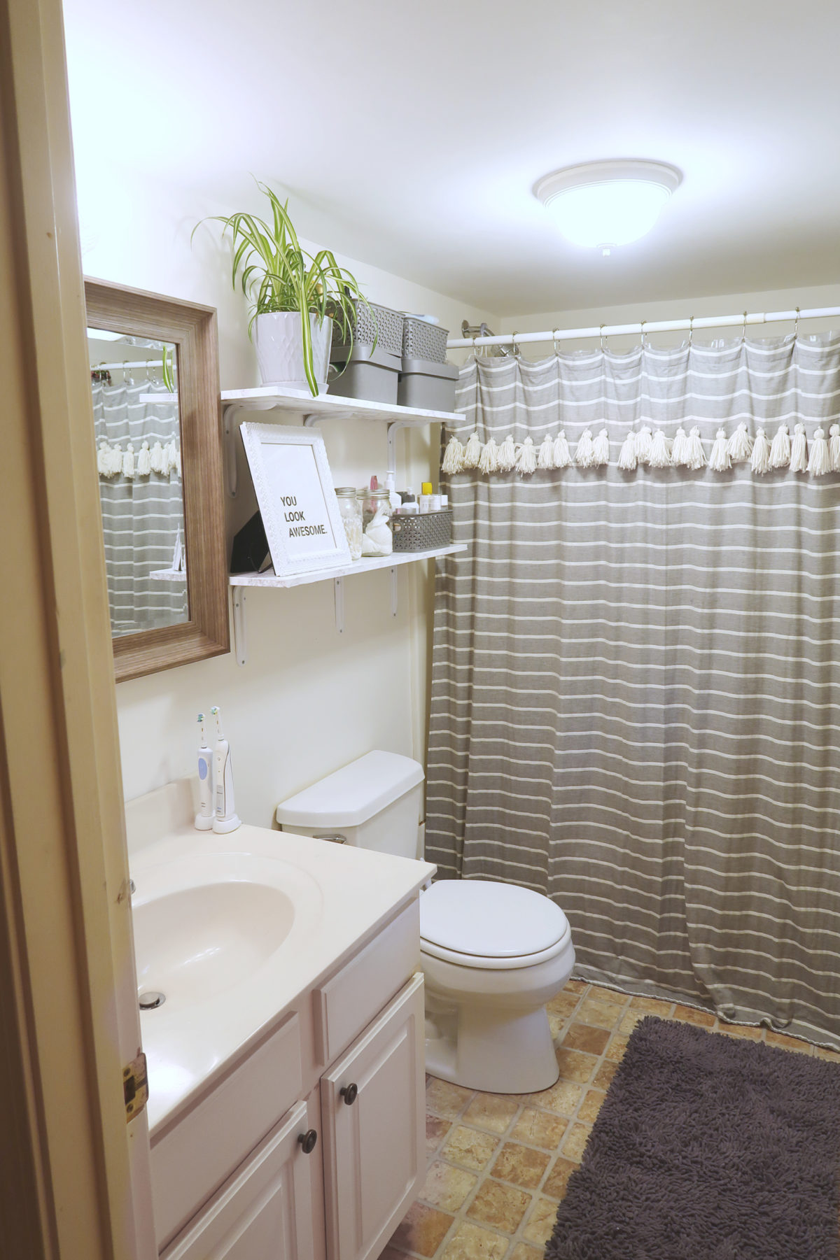 Best How To Decorate A Rental Bathroom 65 Bathroom Makeover This Month