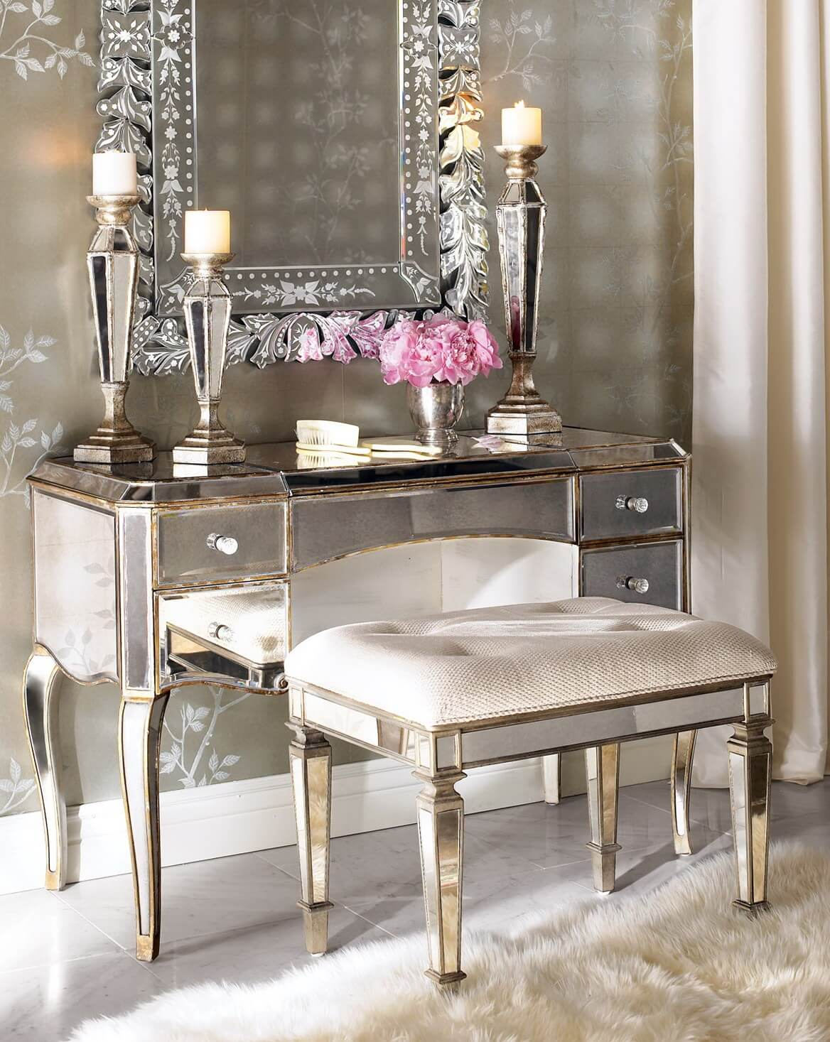 Best 15 Stunning Makeup Vanity Decor Ideas Style Motivation This Month