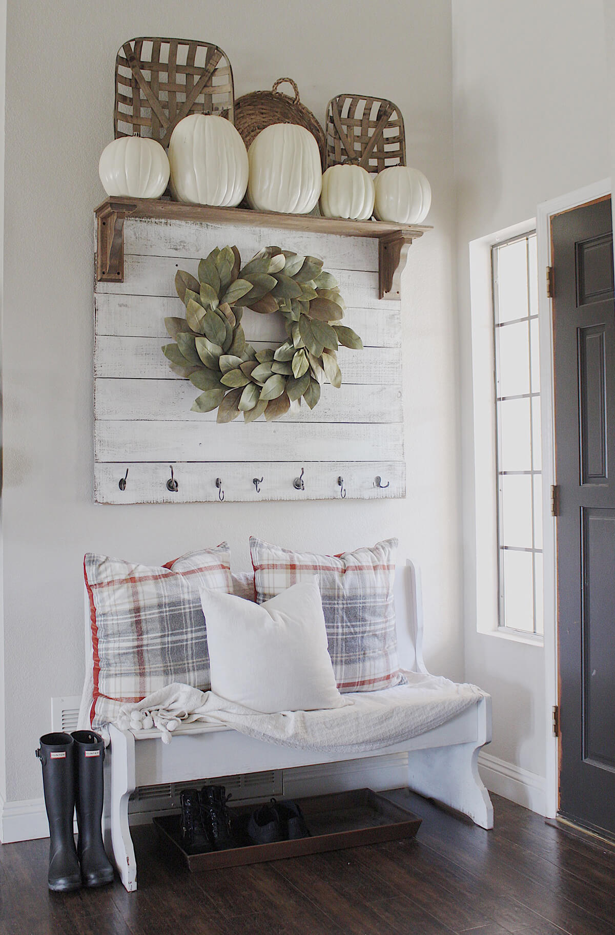 Best 28 Best Small Entryway Decor Ideas And Designs For 2019 This Month