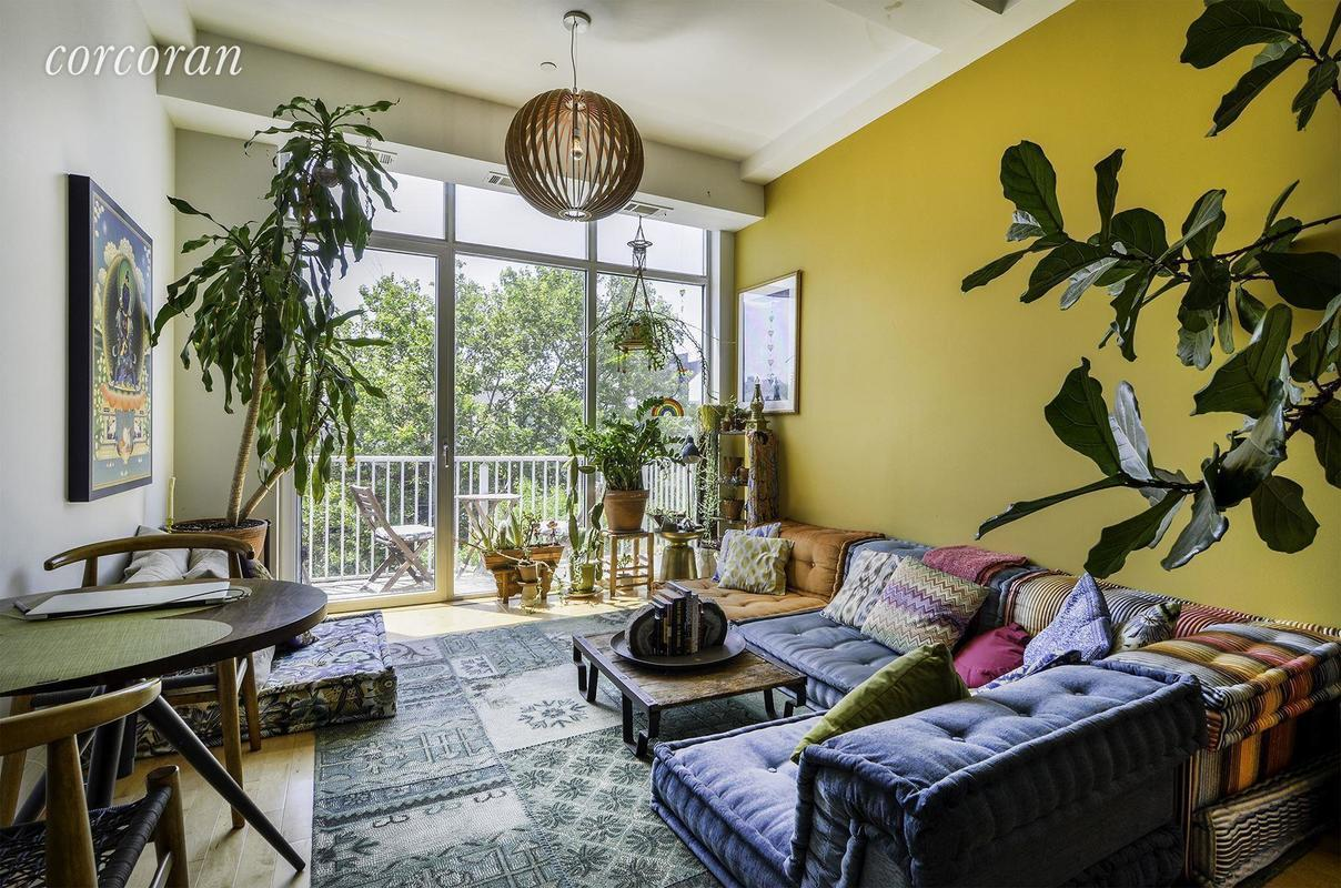 Best 3 250 Month Williamsburg Apartment Comes Furnished With This Month