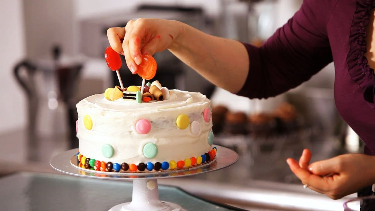 Best How To Decorate A Cake With Candy Cake Decorating Youtube This Month