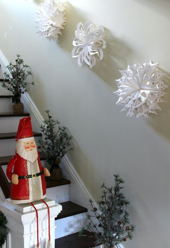 Best 26 Creative Snowflake Decorations That Inspire Shelterness This Month