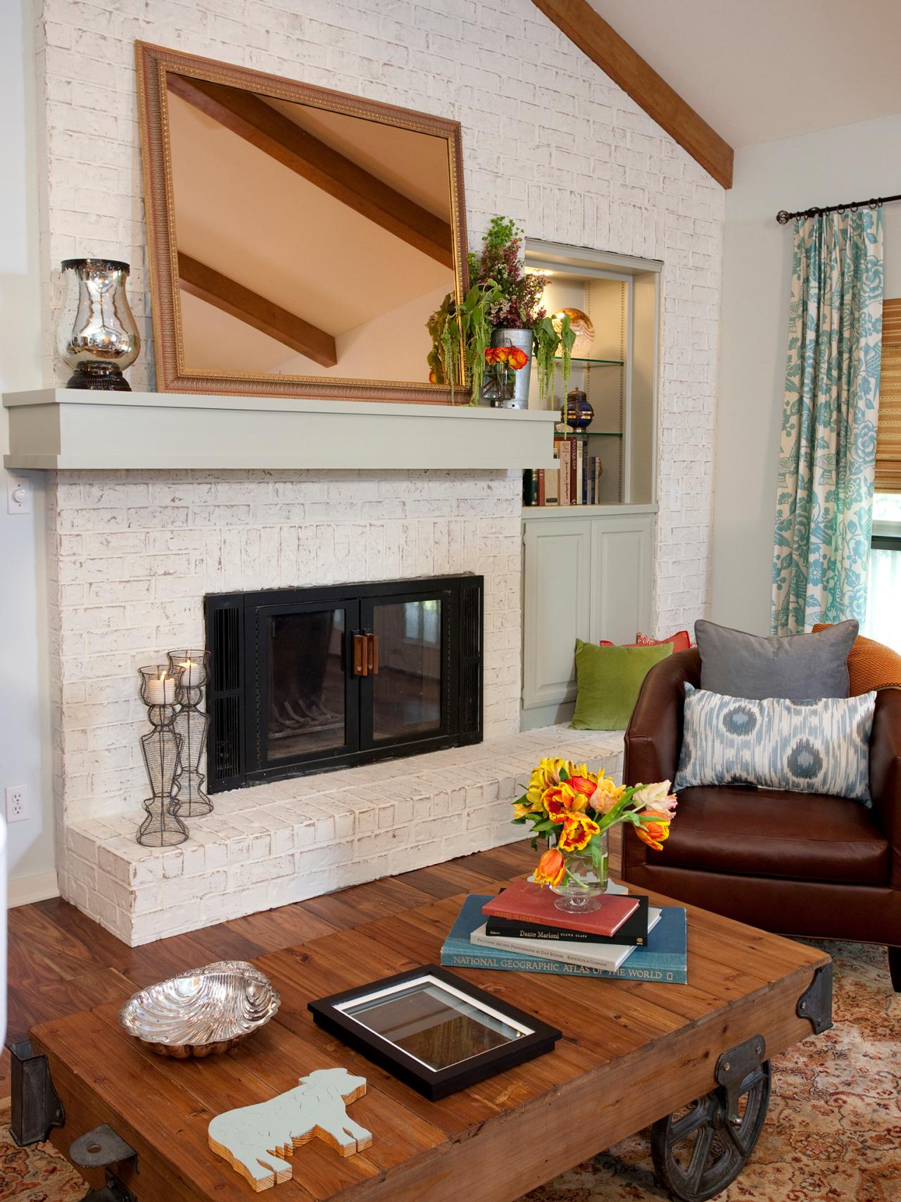 Best 15 Gorgeous Painted Brick Fireplaces Hgtv S Decorating This Month