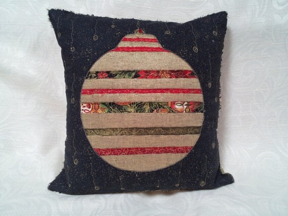 Best Christmas Decorative Pillow Beaded Metallic Thread Quilting This Month