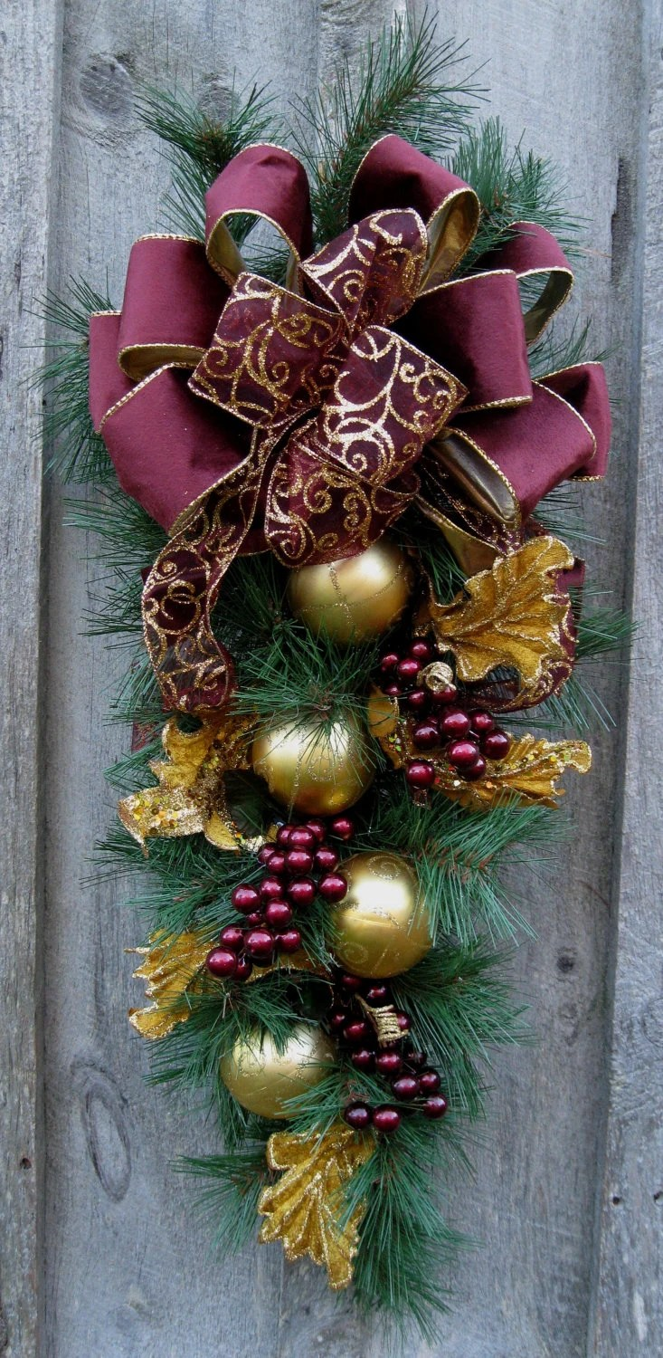 Best Christmas Swag Holiday Wreath Elegant Christmas Décor This Month