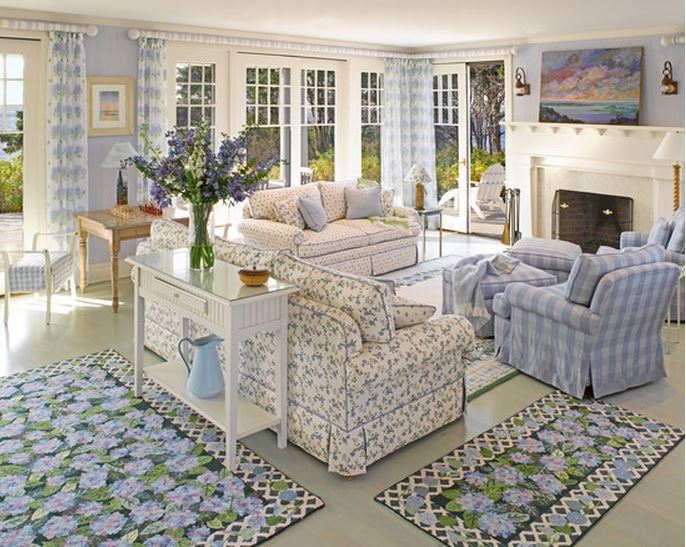 Best Tour A Dreamy Seaside Cottage This Month