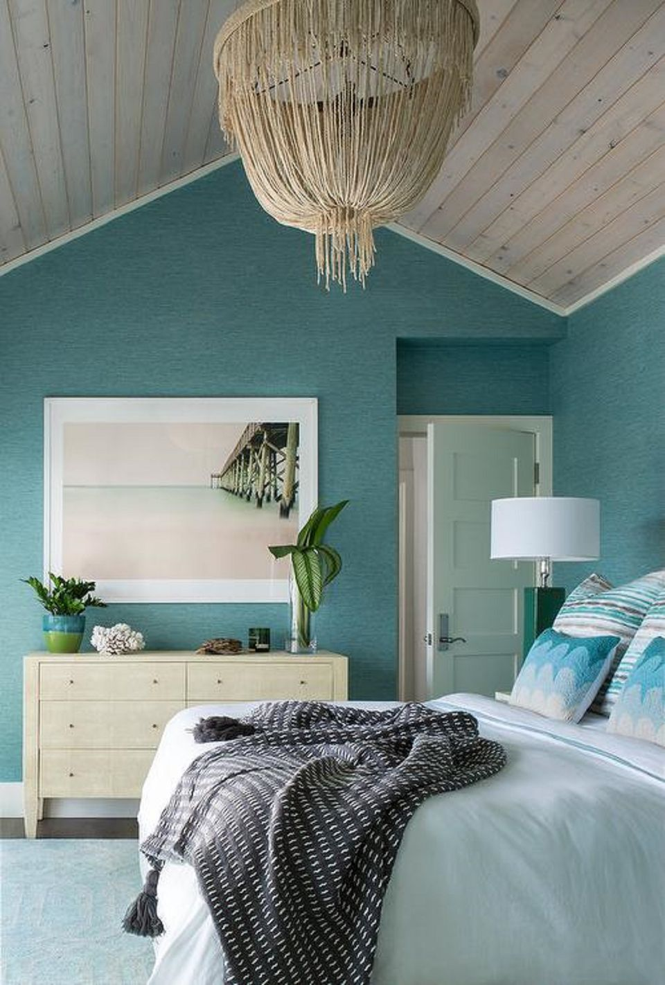 Best 50 Gorgeous Beach Bedroom Decor Ideas This Month