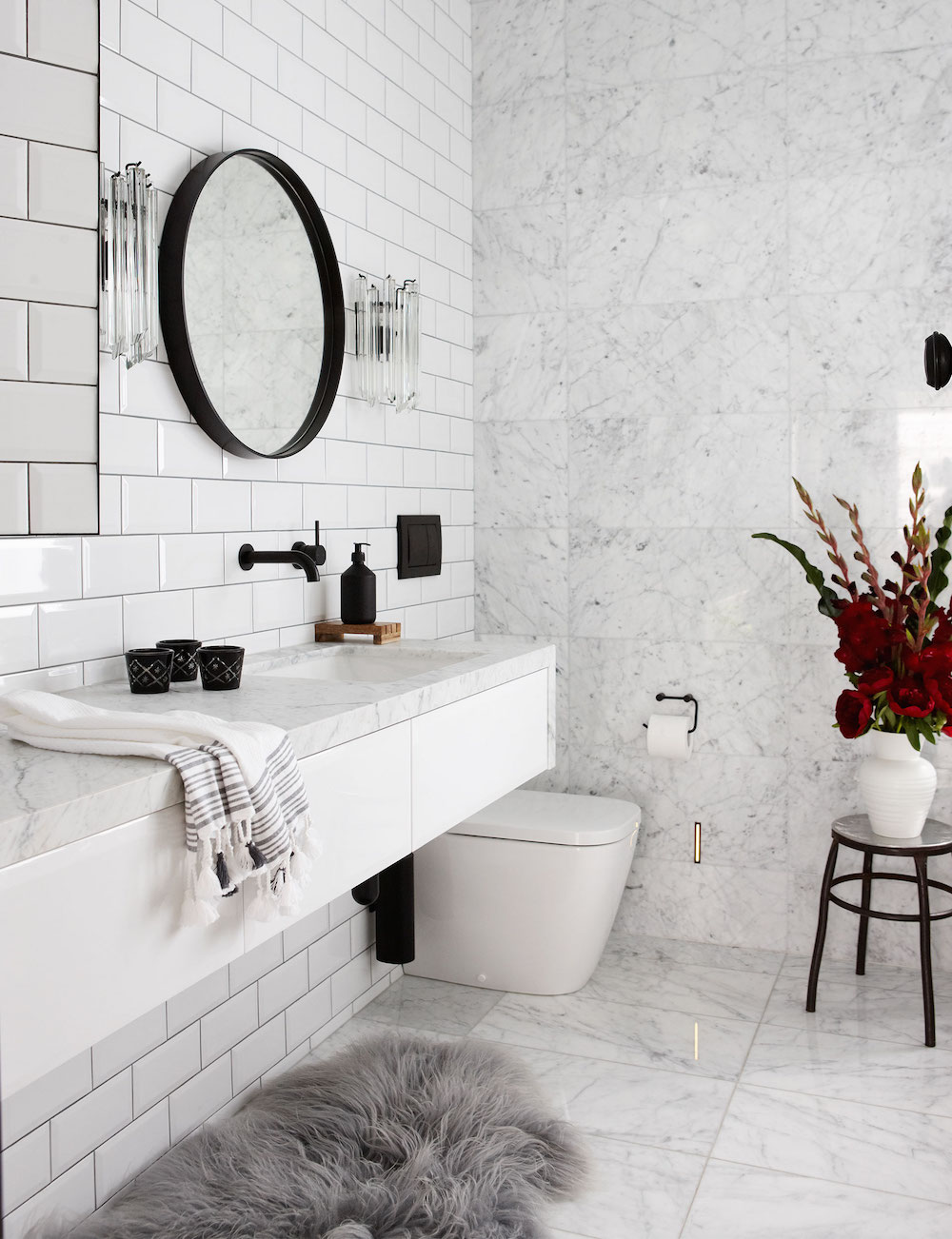 Best 16 Perfect Marble Bathrooms With Black Fixtures This Month