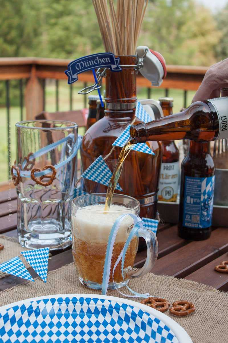 Best Oktoberfest Party Tablescape Part Of Craft Beering S This Month