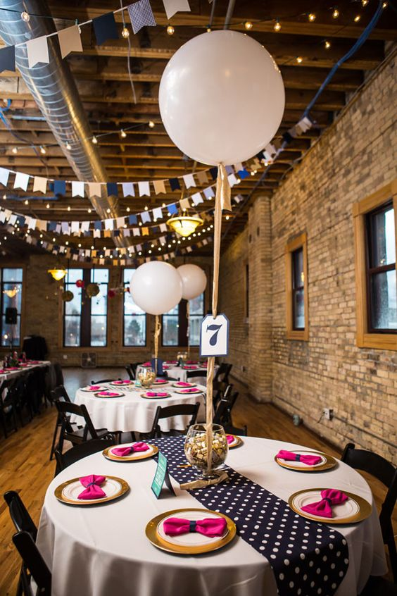 Best Balloon Wedding Décor Ideas 10 Fun Ways To Incorporate This Month