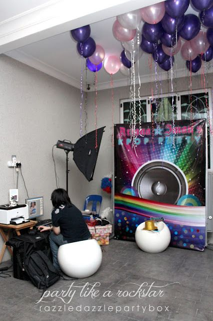 Best Photo Booth Kpop Rockstar Dress Up Love The Balloons And This Month