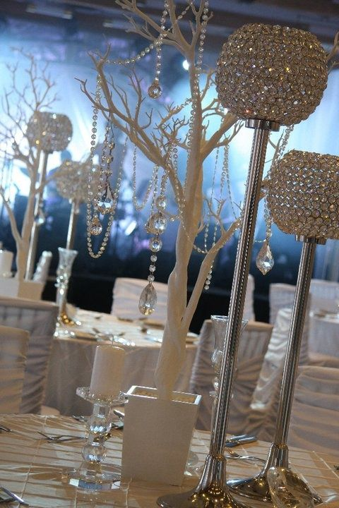 Best 1000 Ideas About Bling Centerpiece On Pinterest This Month