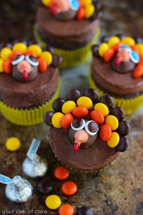 Best Turkey Cupcakes Recipe Thanksgiving Decorating And Cups This Month