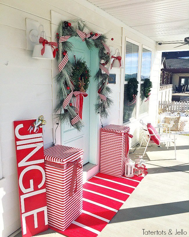 Best Diy Outdoor Christmas Decorating The Garden Glove This Month