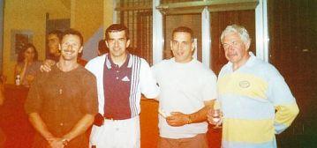 Барселона-Испания, август 2000, Сергей Тарасов, Мовлади Абдулаев, испанский тренер Сиро Ибанес и начальник сборной команды Франции, которая в это время проводила подготовительный сбор к Олимпиаде-2000.