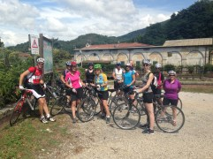 Here's the group of Brits we joined up with to cycle Tuscany.